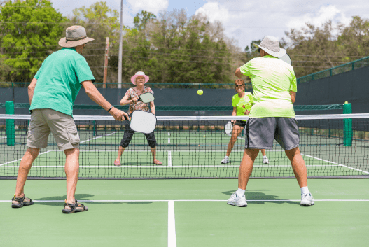The Perfect Pickleball Serve: 8 Simple Tricks